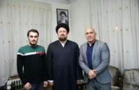 منصوریان دیداری از سید حسن خمینی و سید احمد خمینی که دوستی دیرینهای با آنها دارد به عمل آورد