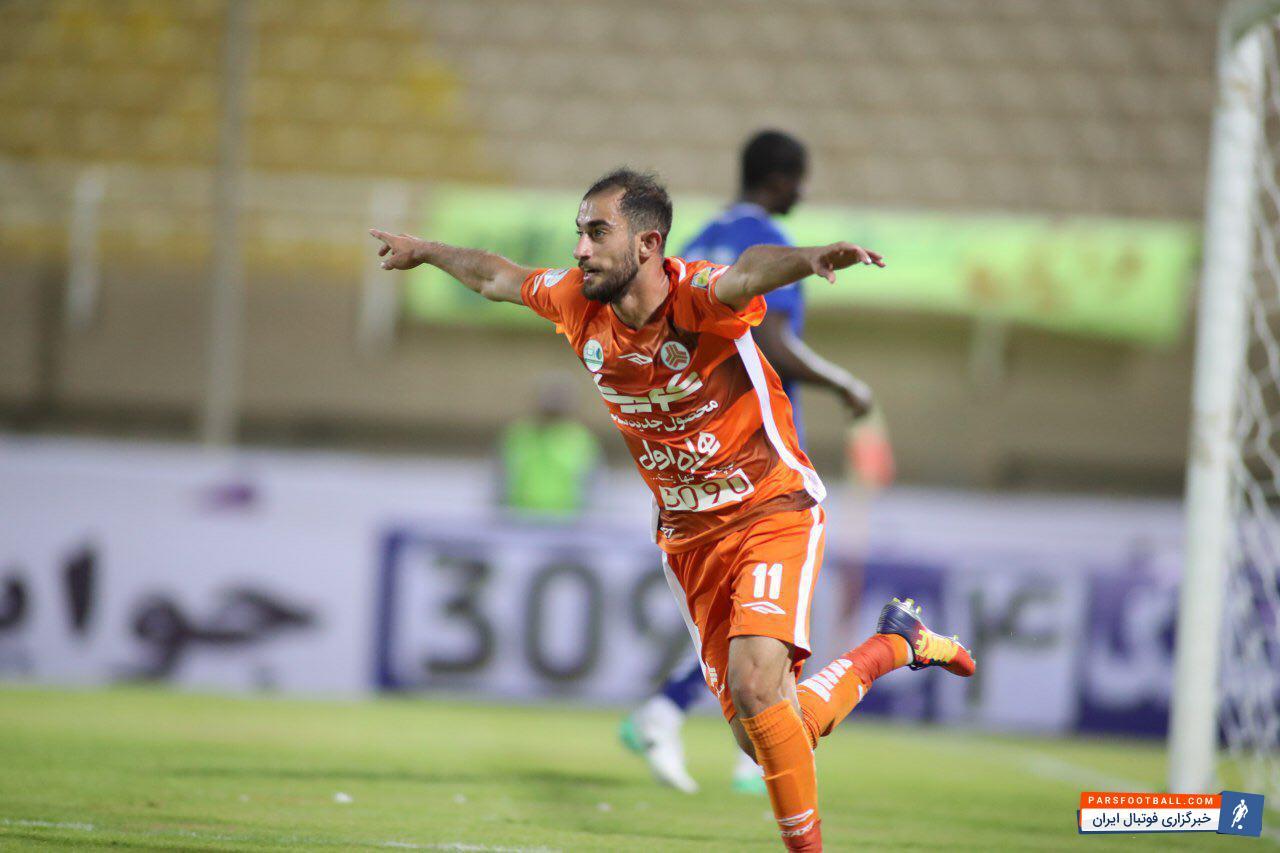 علی قلی زاده ستاره تیم فوتبال سایپا مورد توجه دو باشگاه استقلال و پرسپولیس قرار گرفته است