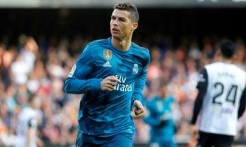 رونالدو ؛ نگاهی به تکنیک کریس رونالدو در برابر ستاره های مطرح دنیای فوتبال