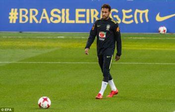 نیمار ؛ فیلم ؛ گل نیمار از پشت دروازه در تمرینات برزیل در جام جهانی 2018 روسیه