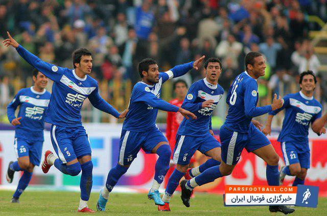 حسین ماهینی کاپیتان دوم پرسپولیس است حسین ماهینی در جمع بازیکنان فعلی برانکو ایوانکوویچ تنها بازیکنی است که سابقه حضور در اهواز را در کارنامه دارد.