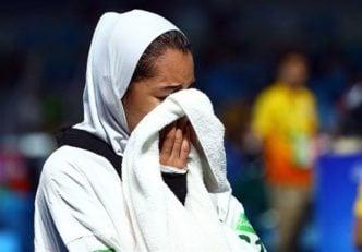 كيميا عليزاده به دليل مصدوميت از ناحيه رباط صليبي رقابت ها را از دست داده. عليزاده در واكنش به اين اتفاق در صفحه اينستاگرامش براي احمدي آرزوي موفقيت كرد.