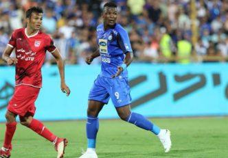 الحاجی گرو اظهار داشت: خیلی خوشحالم که در استقلال بازی میکنم. من با قلبم برای مردم بازی میکنم و جو خیلی خوبی در ورزشگاه وجود داشت.