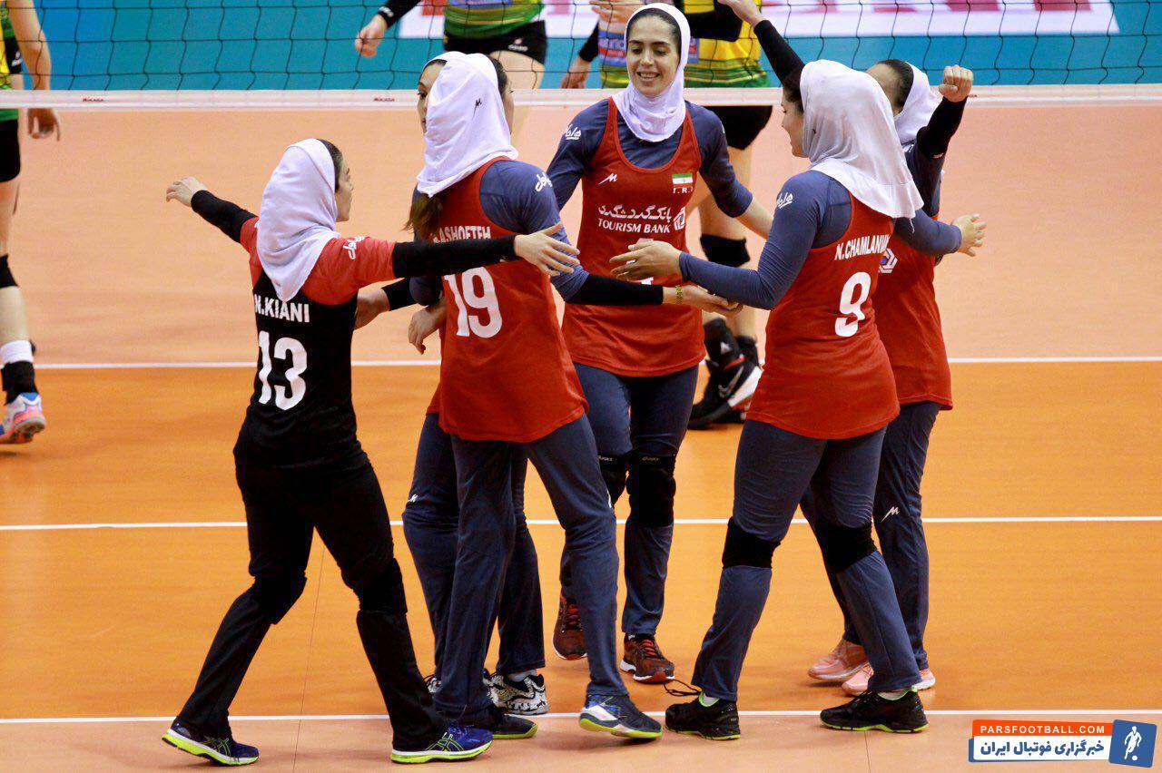 تیم ملى والیبال زنان در مرحله پلی آف برای دومین بار مقابل استرالیا قرار گرفت تیم ملى والیبال زنان ایران با شکست استرالیا براى کسب عنوان پنجمى امیدوار شد