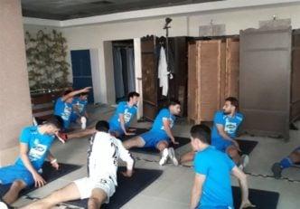 بازیکنان تیم استقلال در نوبت صبح تمرین خود کار با وزنه را انجام دادند.
