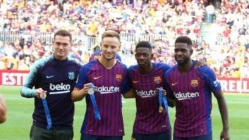رونمایی از مدال های جام جهانی بازیکنان بارسلونا در نیوکمپ