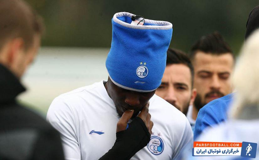 الحاجی گرو با حضور در استقلال قرار بود ماشین گلزنی تیمش را روشن کند اما الحاجی گرو در طول یازده هفته ای که از لیگ برتر می گذرد اصلا نمایش خوبی نداشته است.