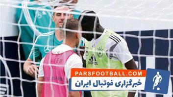 فوتبال ؛ درگیری ها و بحث های هم تیمی های در رقابت های فوتبال جهان