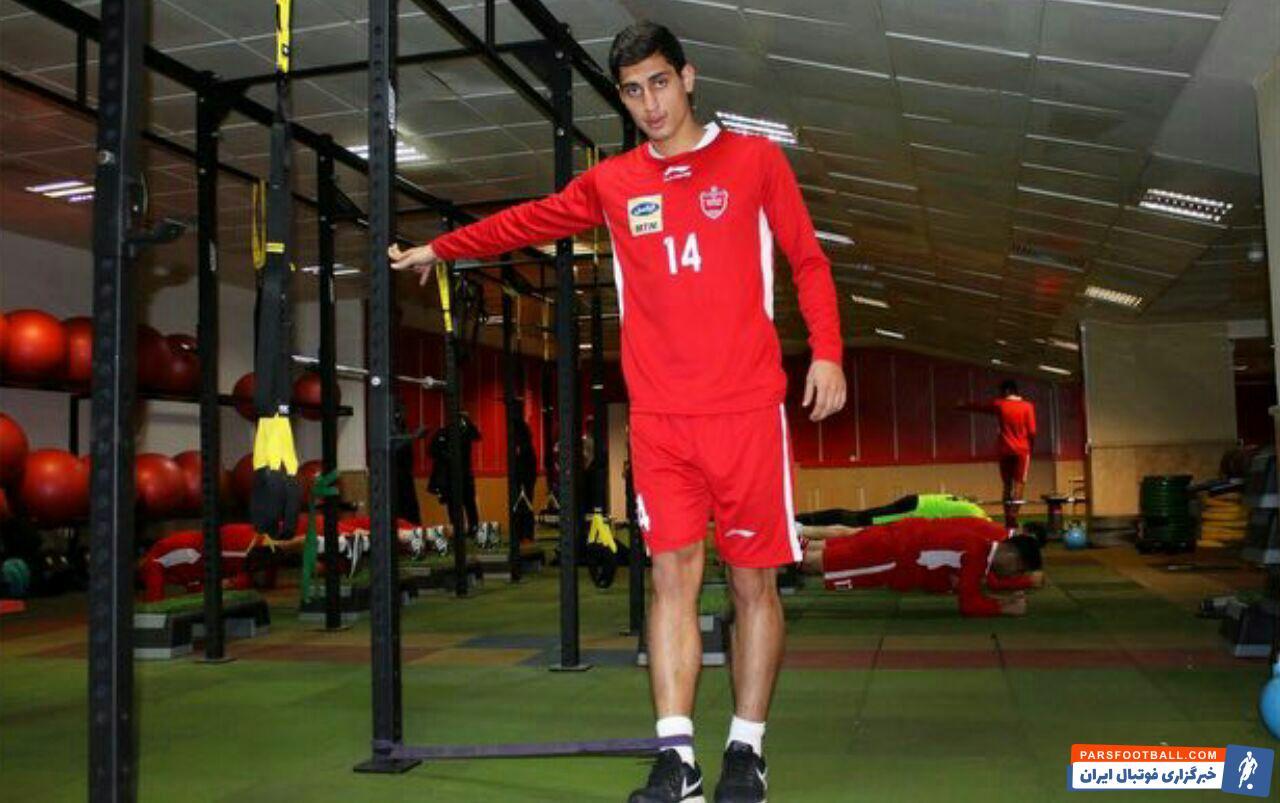 محمد نادری بعد از جدایی از تراکتورسازی راهی لیگ بلژیک و تیم کورتریک شده بود محمد نادری در توافقی شش ماهه به جمع شاگردان برانکو ایوانکوویچ اضافه شده است .