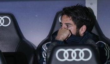 ایسکو از زمان آمدن سولاری تنها در 2 بازی از 16 بازی از ابتدا در ترکیب ثابت حضور داشته و بی مهری های سرمربی آرژانتینی به ایسکو ارزشمند همچنان ادامه دارد.