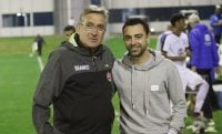 برانکو پس از دیدار تدارکاتی برابر یوپن با ژاوی در رقابتهای لیگ قهرمانان آسیا دیدار و گفتگو کرد ژاوی هرناندز، ناظر دیدار دوستانه پرسپولیس برابر اوپن بود.