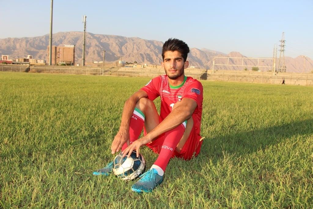 سعید کریمی : برای بازی در پرسپولیس لحظهشماری میکنم و منتظرم پیراهن پرسپولیس را بپوشم