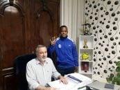 قرارداد پاتوسی با این باشگاه به ثبت رسید.پاتوسی هنگام ثبت قراردادش با استقلال، عدد ۴ را نشان داد تا پرسپولیسی ها را عصبانی کند.