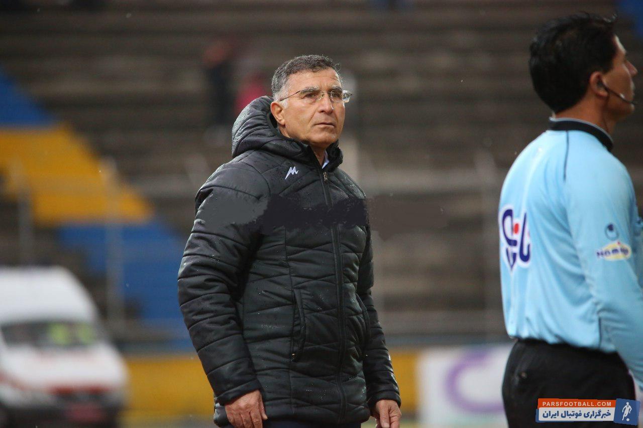 مجید جلالی سرمربی نساجی در پایان بازی تیمش برابر پارس جنوبی معتقد بود که داور با اخراج زود هنگام بازیکن این تیم بازی را از تعادل خارج کرد.