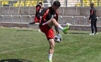 تیم فوتبال پرسپولیس تمرین پنجشنبه را از ساعت ۱۱ در ورزشگاه شهید کاظمی آغاز کرد آدام همتی ستاره پرسپولیس نیز تمرینات انفرادی و اختصاصی خود را انجام داد.