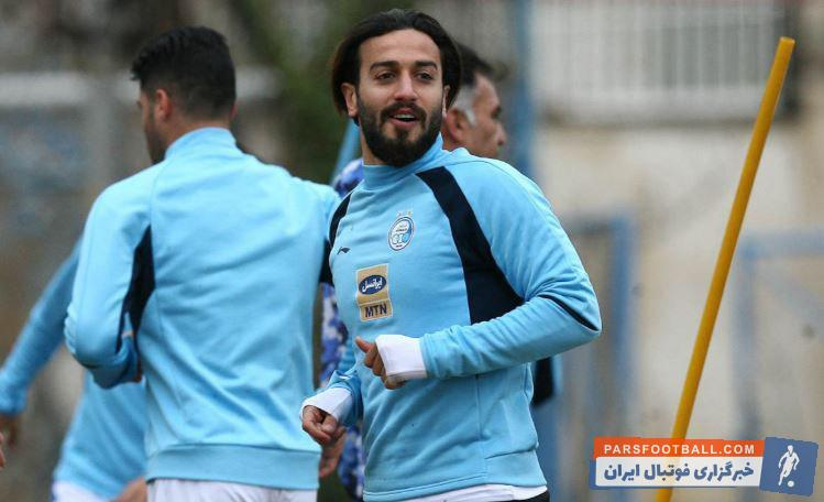 روح الله باقری مهاجم استقلال در نیم فصل دوم لیگ برتر فرصت بازی کردن پیدا نکرده است، اتفاقی که شاید منجر به جدایی روح الله باقری در پایان فصل شود.