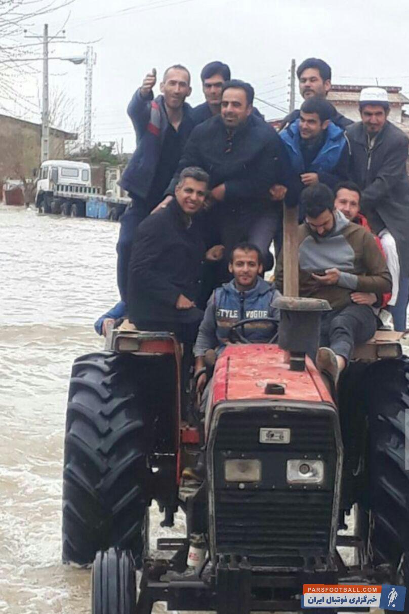 فردوسیپور گزارشگر تلویزیون در مناطق حادثهدیده گلستان حاضر شد فردوسیپور برای کمک به مردم آسیب دیده از سیل استان گلستان در این مناطق حاضر شده است.
