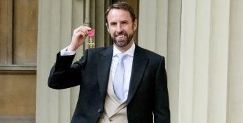 از گرت ساوتگیت به خاطر رساندن تیم ملی انگلیس به مرحله نیمه نهایی جام جهانی اخیر، آن هم پس از ۲۸ سال انتظار تجلیل به عمل آمد.