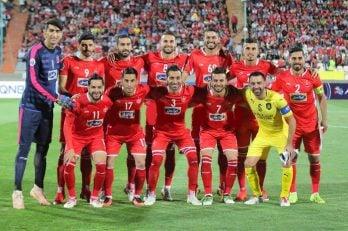 ژاوی کفش هایش را آویخت ژاوی هرناندز ستاره تیم فوتبال السد در ابتدای دیدار تیمش برابر پرسپولیس برای گرفتن عکس تیمی به جمع شاگردان برانکو اضافه شد.