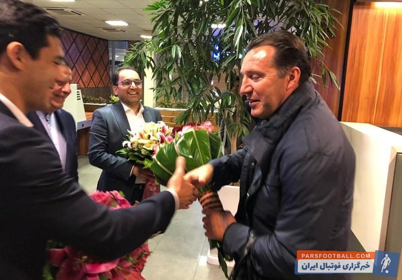 تصاویری از لحظه ورود مارک ویلموتس به تهران