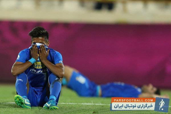 شاهرخ بیانی : به راحتی قهرمانی را از دست دادیم و نتوانستیم جام را بالای سر ببریم