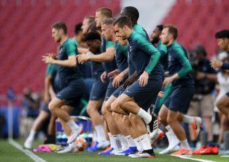 تاتنهام در فصل جاری با گل لحظات پایانی لوکاس مورا در استادیوم نوکمپ مقابل بارسلونا مجوز صعود به مرحله گروهی را گرفت.