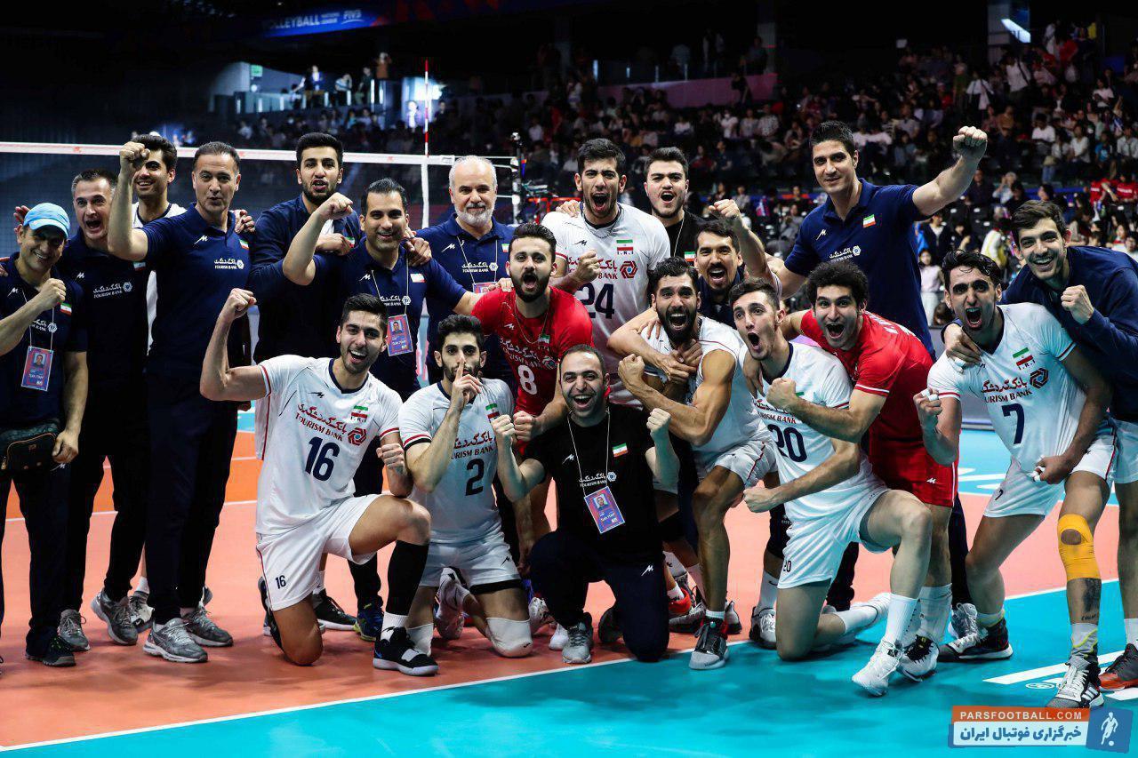 تیم ملی والیبال ایران در هفته نخست لیگ ملت های 2019 بدون حرف و حدیث 3 برد 3 امتیازی به دست آورد تیم ملی والیبال ایران صدرنشین شد.