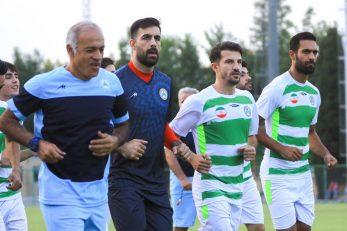 محمدباقر صادقی محصول آکادمی ذوب آهن بوده محمدباقر صادقی چندین سال در این باشگاه فعالیت کرده است، در لیگ نوزدهم به عنوان دروازه بان شماره یک کار خواهد کرد.