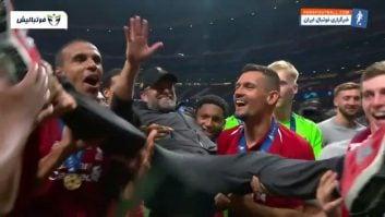 کلوپ ؛ شادی ویزه یورگن کلوپ بعد از کسب عنوان قهرمانی در لیگ قهرمانان اروپا