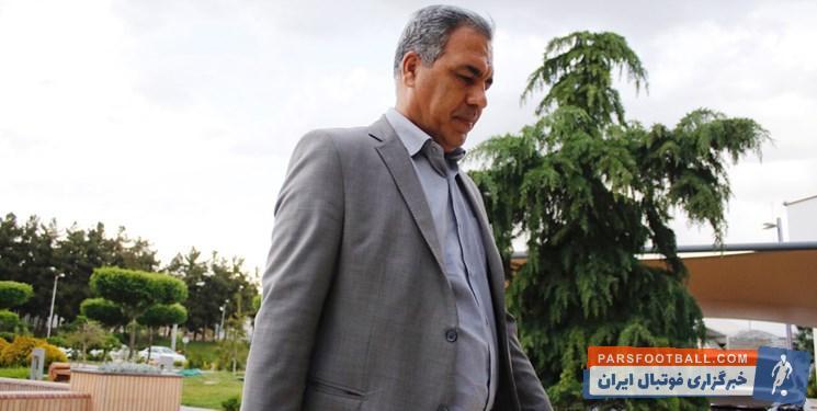 عرب ؛ ایرج عرب به دنبال دریافت ویزای فوری کرواسی برای مداکره با برانکو