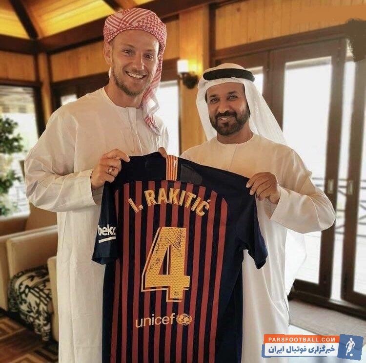 بازدید ایوان راکیتیچ ، ستاره کروات بارسلونا که در حال گذراندن تعطیلات خود در امارات است از باشگاه النصر این کشور، به جنجالهای زیادی دامن زده است.