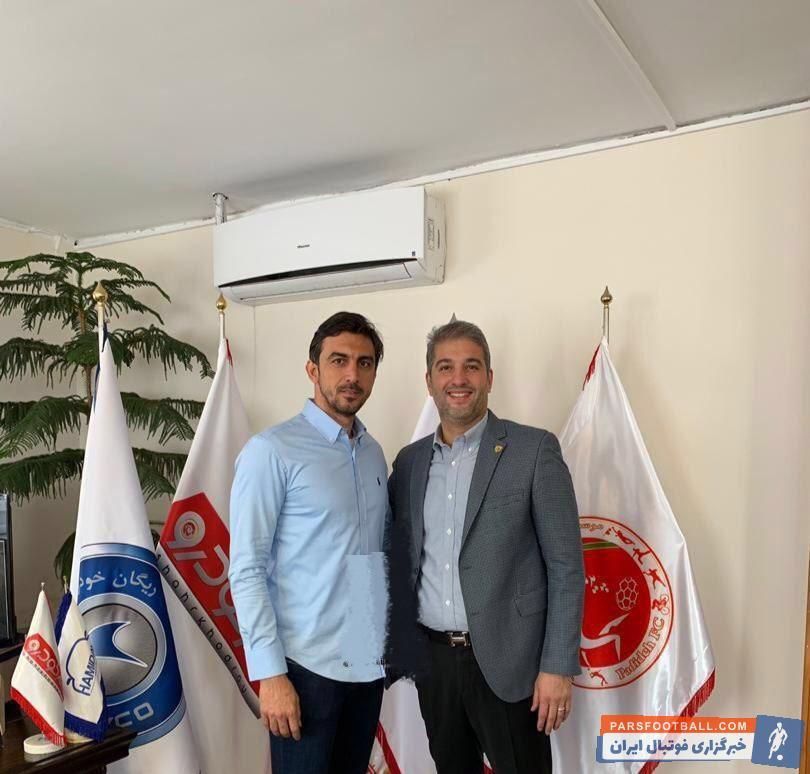 رحمتی بعد از پایان قراردادش با این باشگاه از جمع آبیپوشان جدا شد مهدی رحمتی فصل آینده زیر نظر یحیی گلمحمدی کار خواهد کرد.