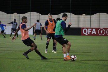 کریم انصاری فرد ستاره ایرانی و خرید جدید باشگاه السیلیه از ناتینگهام فارست نیز فردا شب با هم تیمی های جدید خود راهی شمال آفریقا می شود.