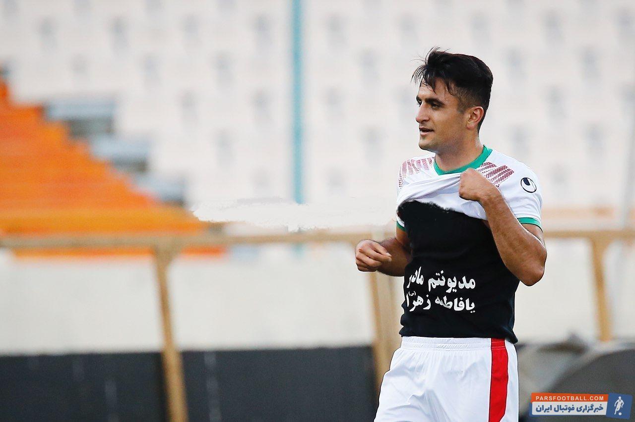 ابوالفضل رزاقپور اگر چه در یکی دو فصل اخیر خیلی فرصت حضور در ترکیب تیم پیکان را پیدا نکرده است اما یکی از جوان های خوب فوتبال ایران است.