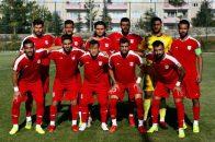 سرخپوشان تراکتورسازی دیروز در مقابل ریزه اسپور قرار گرفتند و توانستند این تیم ترکیه ای را شکست دهند در این بازی دنیزلی به تمام بازیکنانش میدان داد.
