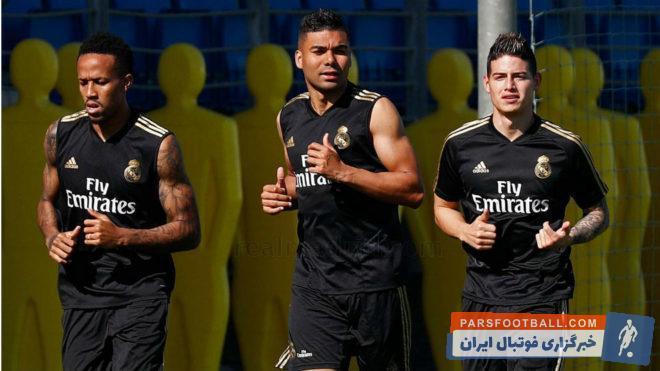 خامس رودریگز، ستاره کلمبیایی رئال مادرید بعد از 787 روز در تمرینات این تیم حضور یافت خامس رودریگز با استقبال هواداران مواجه شد.
