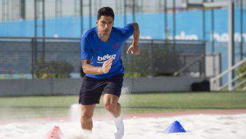 سوارز ؛ بازگشت لوییز سوارز بع تمرینات باشگاه فوتبال بارسلونا اسپانیا