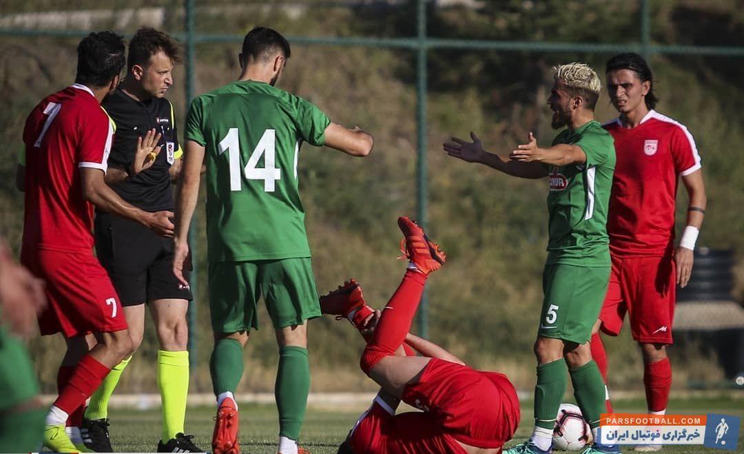 تیم فوتبال تراکتورسازی که اردوی خود را در کشور ترکیه برگزار کرده است تراکتورسازی در دیداری دوستانه مقابل ریزه اسپور به میدان رفت.