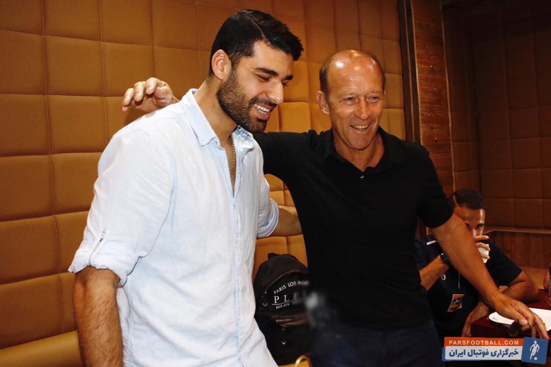 دیدار مهدی طارمی با بازیکنان پرسپولیس در قطر