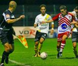 عرفان خانی هافبک میانی و چپ پای سابق تیم های ملی جوانان سال قبل در لیگ بلژیک بازی کرده است عرفان خانی در تمرینات امیدهای پرسپولیس حاضر شد.