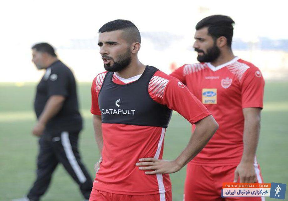 بشار رسن ستاره عراقی تیم پرسپولیس که دو هفته پیش قراردادش را با سرخپوشان تمدید کرده بود، شنبه اولین تمرین خود در پیش فصل جاری تیم را تجربه کرد.