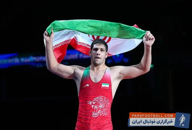 عباس فروتن گفت: هر کس نظری دارد اما من عباس فروتن هستم. من فقط دوست دارم مثل خودم باشم و در رده بزرگسالان به طلای جهان و المپیک برسم.