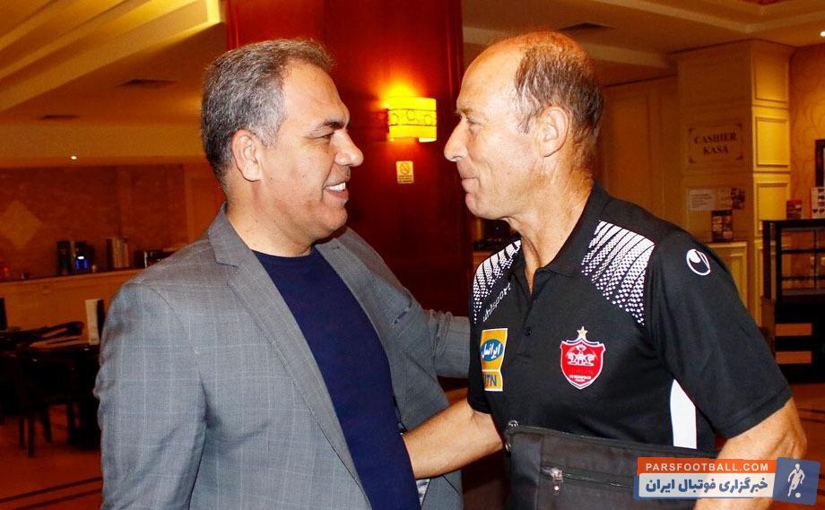 ایرج عرب راهی هتل اوین شد ایرج عرب در شب قبل از اولین بازی در جمع اعضای تیم حضور پیدا کرد که در این دیدار ضمن جلسهای با اعضای کادر فنی هم گفتوگو داشت.