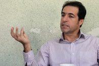 صادق ورزمیار : استقلال روی دفاع وسط خود ریسک بسیار بزرگی کرده است