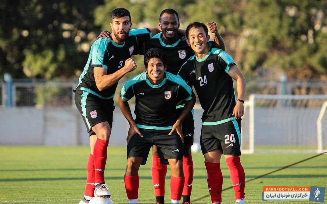 میمبلا کاسرس هافبک پرویی تراکتور که در بازی با پرسپولیس اولین حضورش در ترکیب تیم آذربایجانی را تجربه کرد، بعد از چند روز غیبت در تمرینات تیمش حضور یافت.