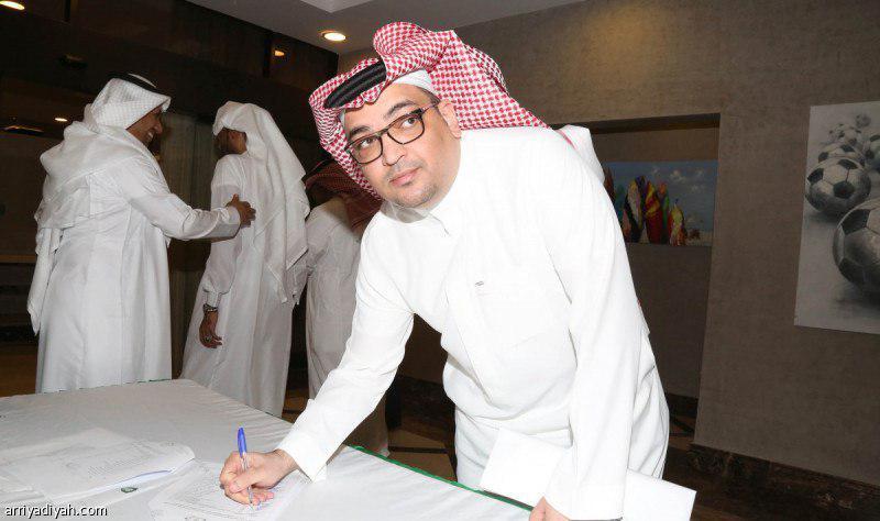 تغییر و تحولات در باشگاه الاهلی عربستان پس از باخت روز شنبه برابر الوحده قعرنشین که با اخراج برانکو ایوانکوویچ همراه بود، همچنان ادامه دارد.