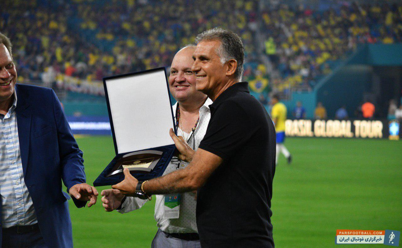 تیم ملی کلمبیا بامداد امروز در دیداری دوستانه برابر برزیل در آمریکا به تساوی ۲-۲ رسید، دیداری که برای کارلوس کی روش خاص بود.