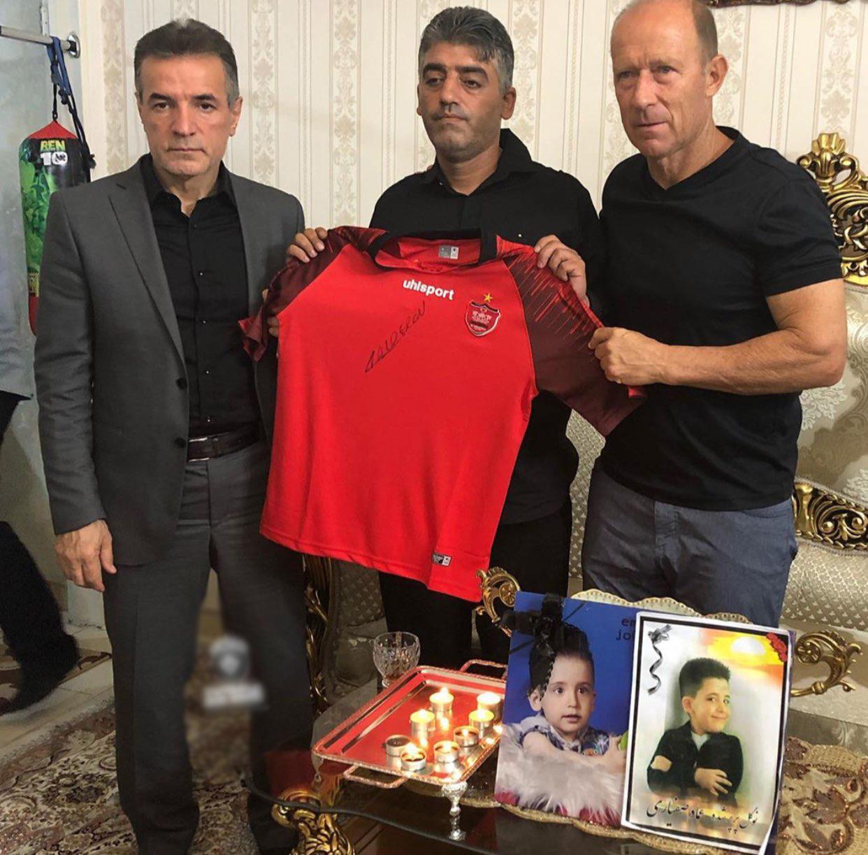 عماد ؛ حضور انصاری فرد و کالدرون در منزل خانواده صفیاری ؛ خبرگزاری پارس فوتبال