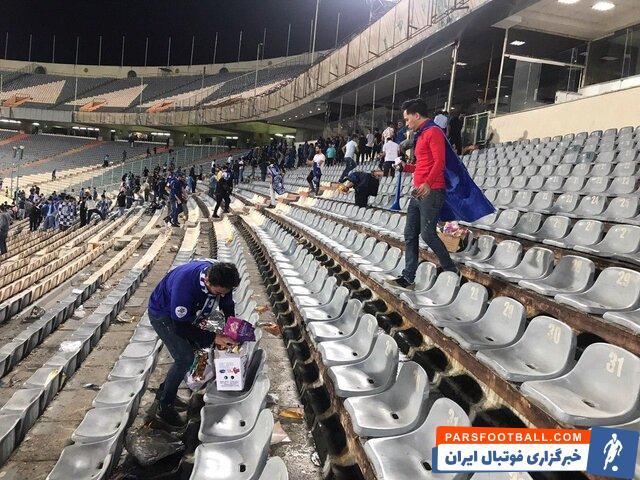 هواداران استقلال بعد از پیروزی برابر فجر سپاسی رفتار جالبی از خود نشان دادند استقلال در دیدار برابر فجر سپاسی توانست با سه گل به پیروزی برسد.