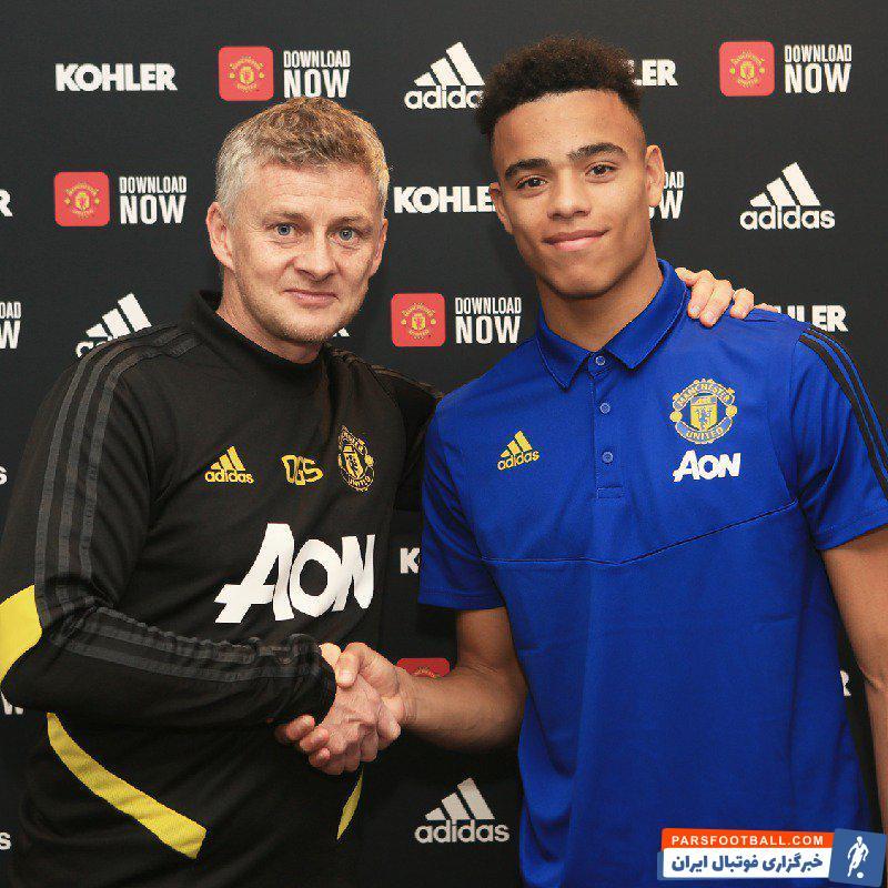 میسون گرین وود 18 ساله، محصول آکادمی باشگاه شیاطین سرخ بوده میسون گرین  از هفت سالگی در باشگاه منچستریونایتد بازی کرده است.